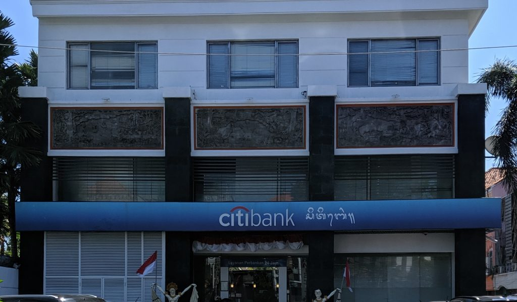 Balinese script on Citibank sign